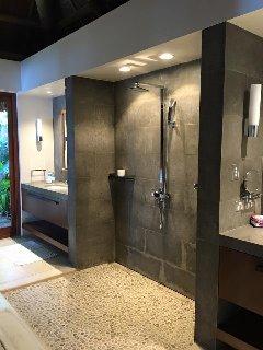TILE-FLOORING-SHOWERS-BATHROOMS-KITCHENS