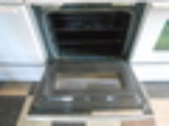 WHIRLPOOL 30 INCH FREE STANDING ELECTRIC RANGE SELF CLEAN