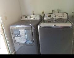 Xl maytag washer&dryer
