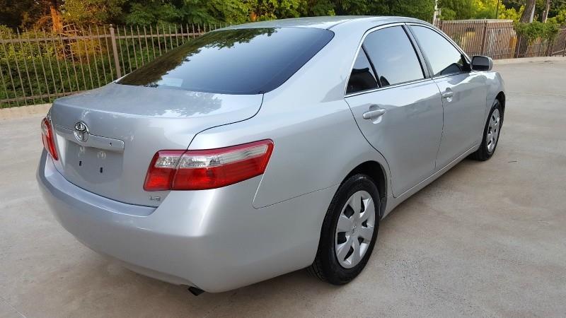 ,,,2008 Toyota Camry,,..$1800,,.