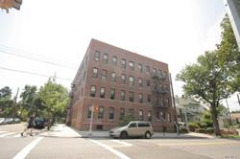ID#: 1321956 Nice Sized 1 Bedroom Apartment For Rent In Flushing North