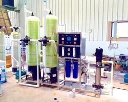 Commercial RO Water Purifier Services And Products