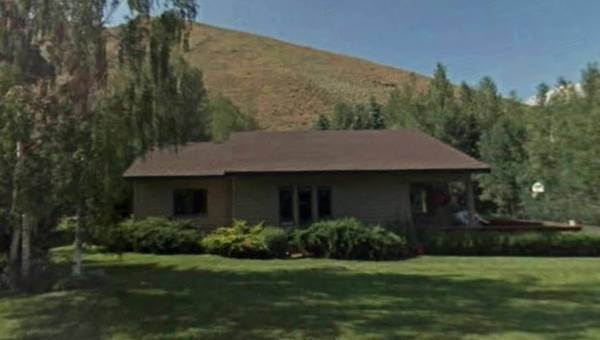 2 bedroom 1 bath fixer upper house in Ketchum Idaho!