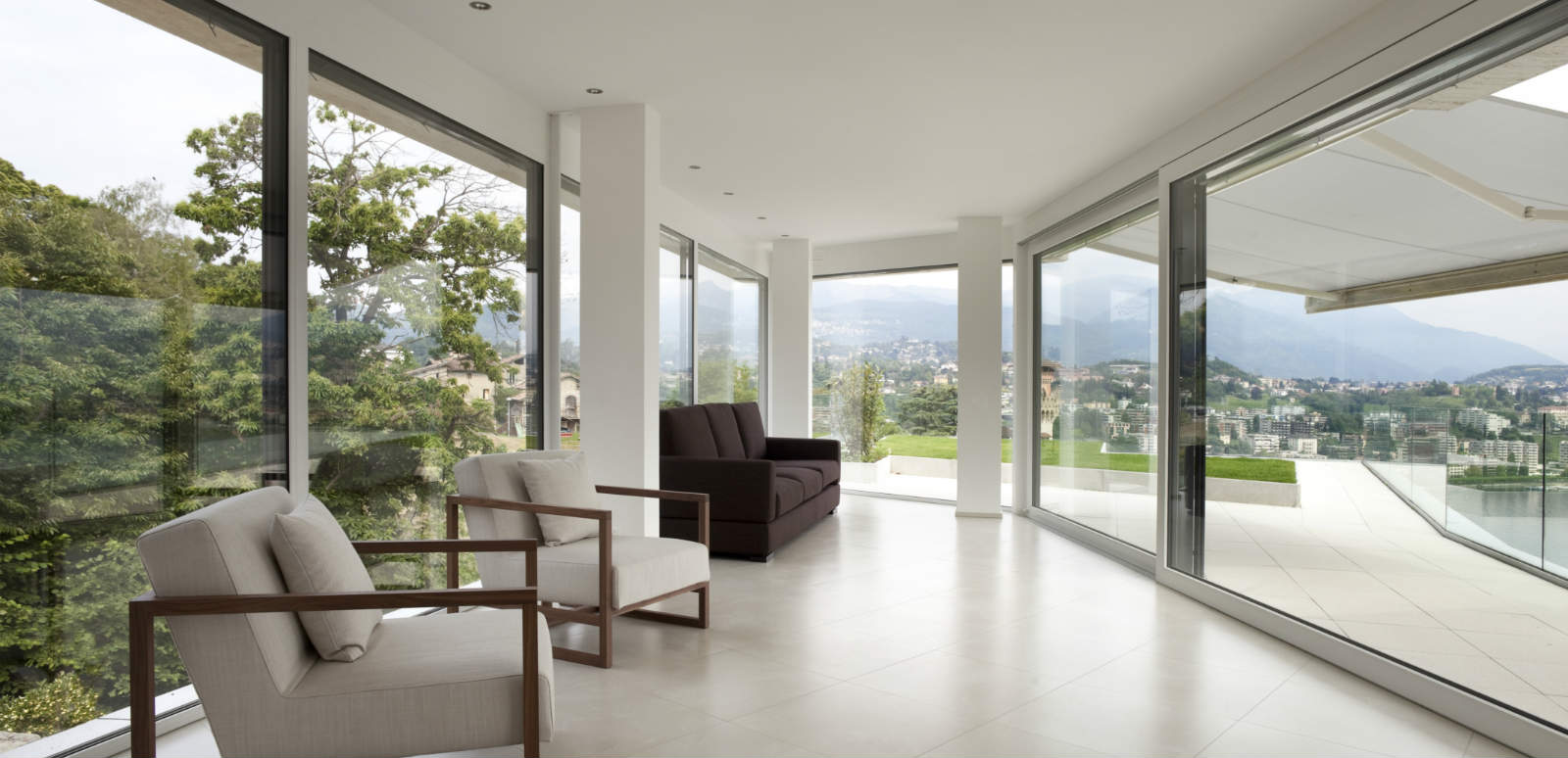 J Max Windows And Glass Corp