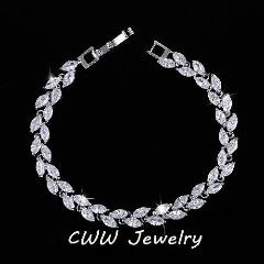 Fashionable women jewelry NY