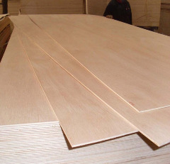 Western Red Cedar timber pliwood
