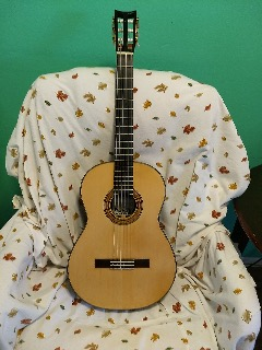 Handmade Classical Guitar - longer neck for my long fingers - used
