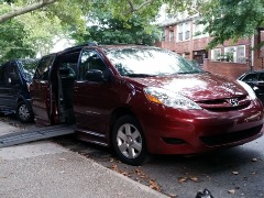 Red  2010 Toyota Sienna LE ' Mobility Wheelchair By BraunAbility 64k Miles $21,500