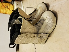 Snowboard boots, womans size 9