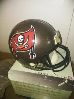 NFL Authentic  Proline Riddell Full Size Helmet. The ultimate football helmet collectible NIB