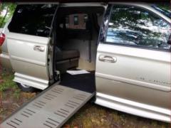 2005 DODGE GRAND CARAVAN SXT BraunAbility Mobility Wheelchair 22k Miles  $12995