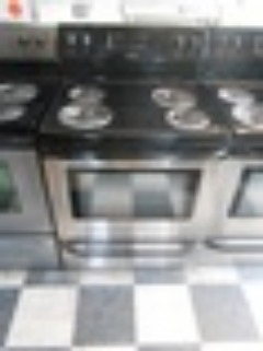 FRIGIDAIRE 30 FREE STANDING ELECTRIC RANGE SELF CLEAN COIL BURNERS