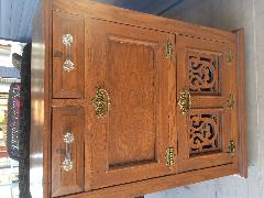 Antique Victorian quartered sawn oak barber's cabinet