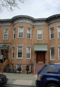 ID#: 1326675 Lovely 3 Bedroom Railroad Style Apartment For Rent In Ridgewood