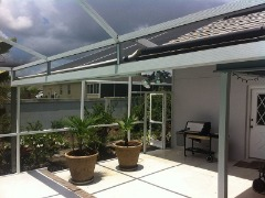 Advantages of Pool Screen Cages in Naples | AluminX