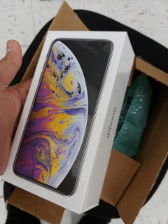 APPLE iPhone XS MAX 512GB FACTORY UNLOCKED GOLD SHIP SAME DAY BRAND NEW