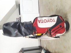 Nicest Near New Golf Bag ever!! Includes Lynx clubs and extras!!