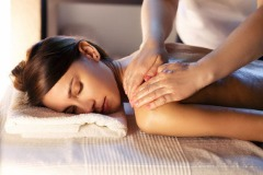 Full body massage in South Delhi