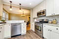 Complement Your  Kitchen with White Kitchen Cabinets