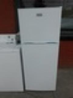Frigidaire FFET1022QW 24 Inch Top-Freezer Refrigerator