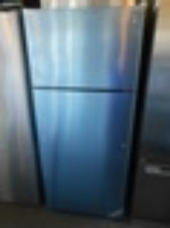GE GTE18GSHSS 28 Inch Top-Freezer Refrigerator 18 Cubic Foot Capacity