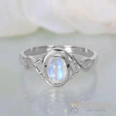 Moonstone Ring-Illustrious Dream
