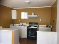$1,200 Nice small apartment, 1 Large Bedroom, Living room, bathroom, small kitchen.