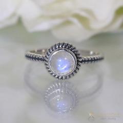 Moonstone Ring-Subtle Nook