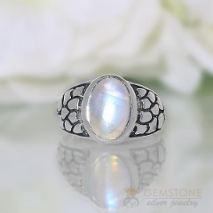 Moonstone Ring-Lusting Light