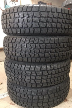 Winter Tires T215/55R17 Like New