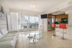 Miami Beach: 2/2 Best location apartment (Lincoln Rd., 33139)