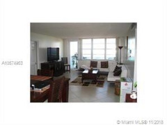 Miami Beach: 2/2 Ample apartment (Indian Greek Dr., 33141)